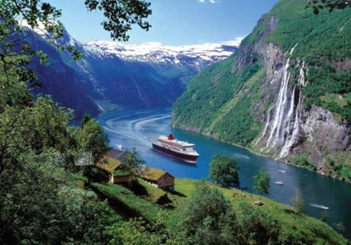 Fly Drive Holidays in Norway : Exploring the Fjords